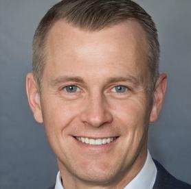 Headshot of James Clark, TrendUp Now Senior Advisor